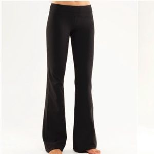 Lululemon Groove Flare Yoga Leggings 6
